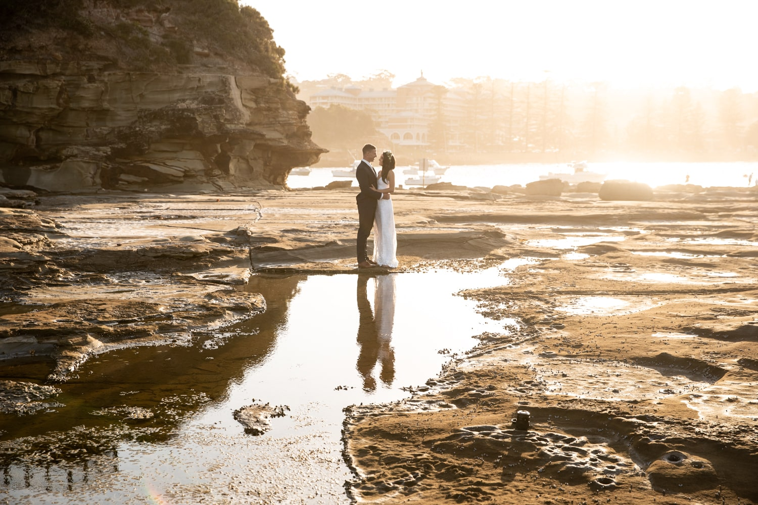 wedding day timeline - terrigal beach